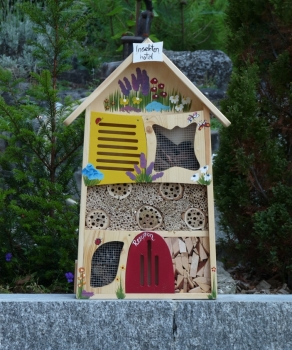 pik pik wildbienenhotel shop f r insektenhotels pik pik. Black Bedroom Furniture Sets. Home Design Ideas